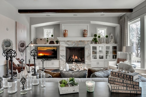 traditional living room - DOLCE DE VITA MARBLE