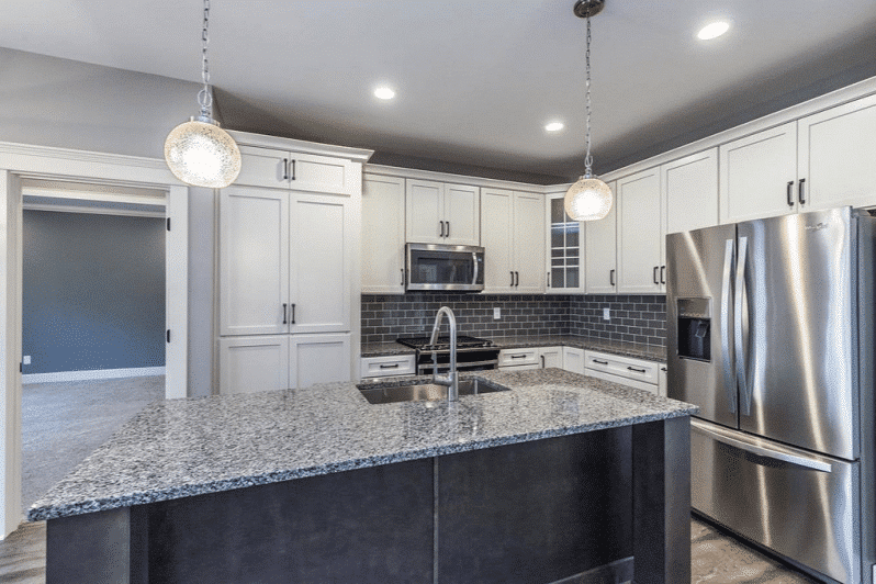 discount kitchen cabinets Milwaukee