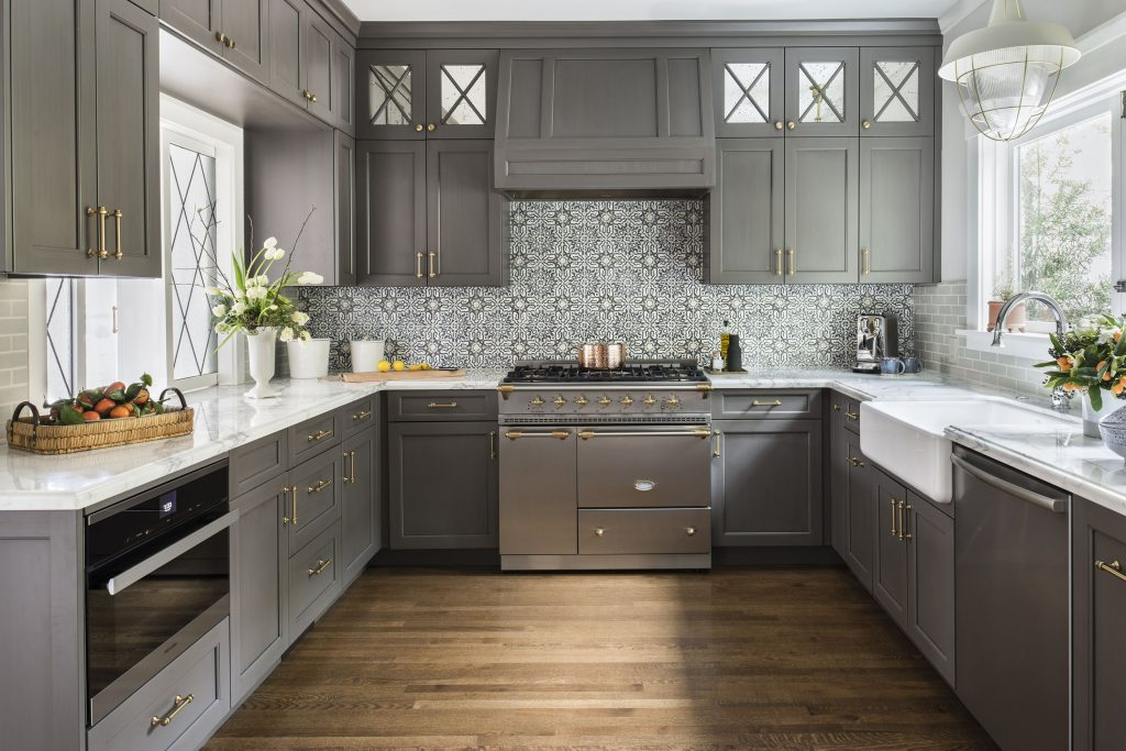 Save on kitchen cabinets in Milwaukee