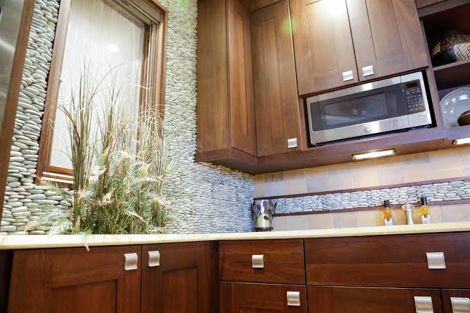 buy new kitchen cabinets in Milwaukee