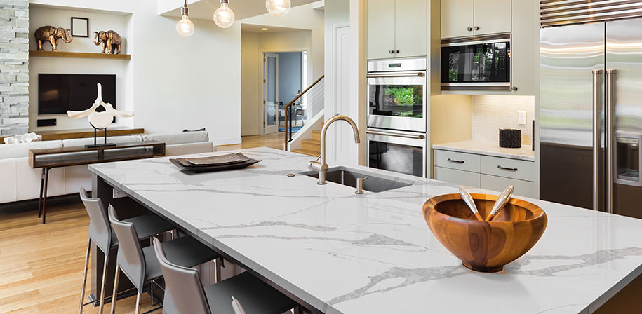 Quartz kitchen countertops in Milwaukee
