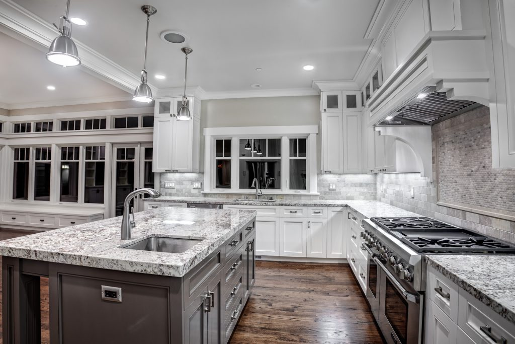 discount kitchen cabinets and countertops in Milwaukee